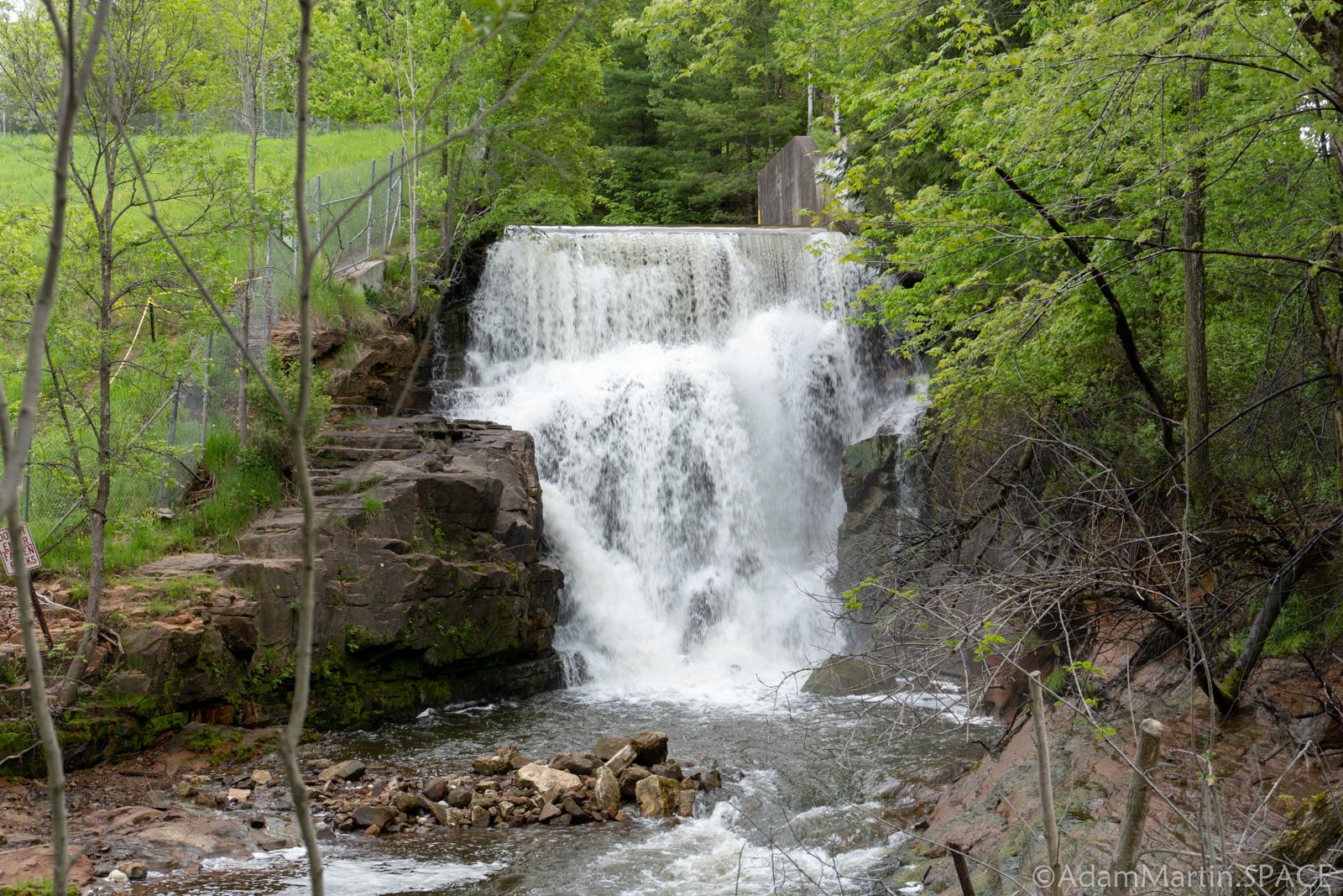 Lake Redstone Falls
